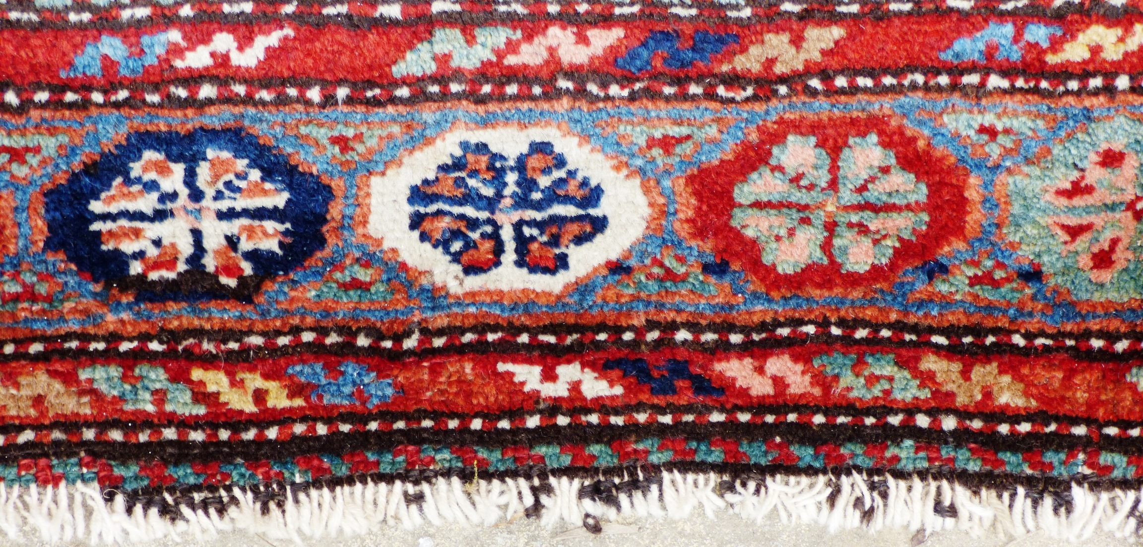 Persian Veramin Rug Wool On Cotton Wool Mix A F 17004
