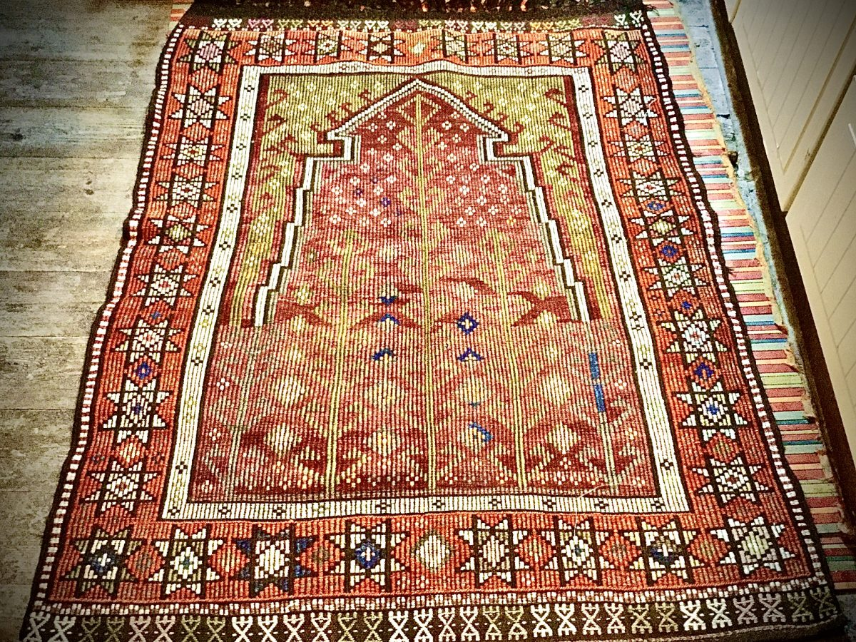 Turkish zili prayer rug